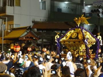 東京府中の大国魂神社のくらやみ祭り | Webikeツーリング