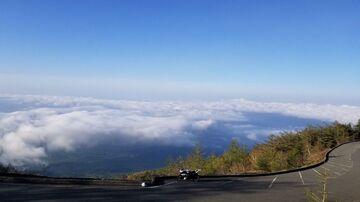 期間限定 幻の 富士山スカイライン 雲海・日の出 ツーリング | Webikeツーリング