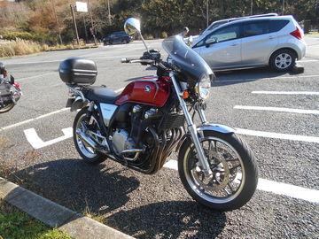 バイクに乗るには、快適だが、降りると暑い日 | Webikeツーリング