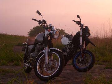 ただの朝駆け、朝陽見の予定が・・・4県を渡るツーに、嬉しい襲撃♪ | Webikeツーリング