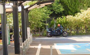 ブログ更新~オートバイの旅~justa2ofus-kzblues.com  「墓参りと屋根瓦応急処置、最後にローライダーS のリアブレーキスイッチ故障 Σ( ̄□ ̄|||)  。2021.5.6(木) その2」 | Webikeツーリング