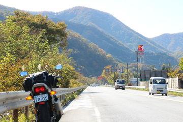 ぶらり秋色の北栃木バイク一人旅、いろは坂と華厳の滝へ | Webikeツーリング