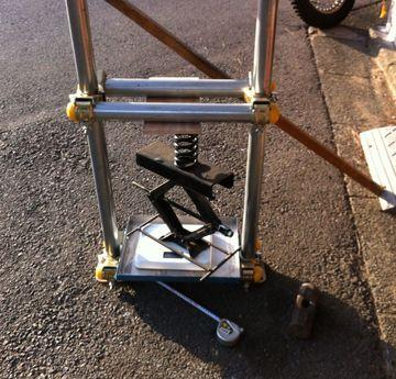 リアショック・スプリング荷重を計る/体重計改造