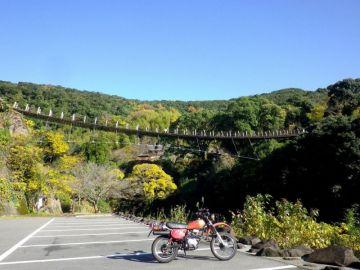 師走の紅葉 in 立神峡 | Webikeツーリング