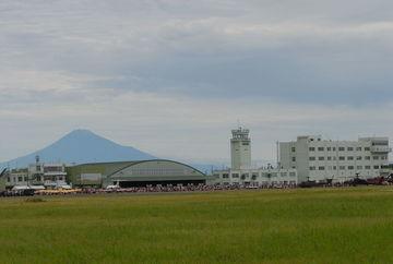 ブルーは飛ばないけど、静浜基地の航空祭は長閑で良いっすよ(^^) | Webikeツーリング