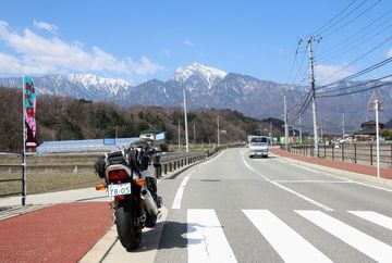 山梨,気ままなバイク一人旅/圧巻の桜と桃めぐり   Webikeツーリング