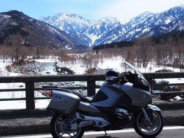 3,000m山々からの雪解けの春 | Webikeツーリング