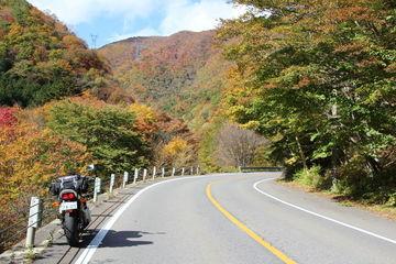ぶらり秋色の北栃木バイク一人旅、会津西街道を快走 | Webikeツーリング
