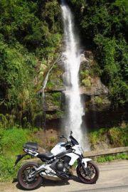 最近、滝がマイブーム でも、険しい山道を行く根性は無い | Webikeツーリング