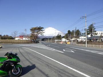 ZX-14Rで、富士山スカイライン&朝霧高原 | Webikeツーリング