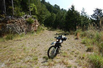 ブログ更新~オートバイの旅~justa2ofus-kzblues.com  「新城市のパン屋を目指しながらの林道行脚だったのだが・・・。2021.5.8(土) その1」   Webikeツーリング