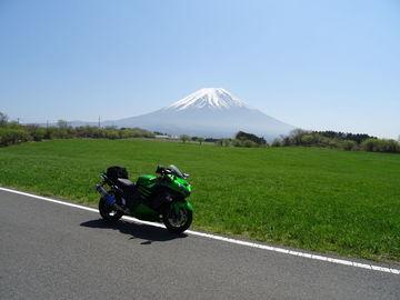 目的地は朝霧高原、で、富士山スカイラインを往復。 | Webikeツーリング