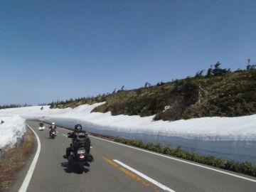 八幡平の雪の回廊を走る | Webikeツーリング
