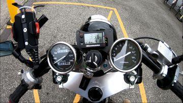 油温・電圧・時計が確認できてとても満足