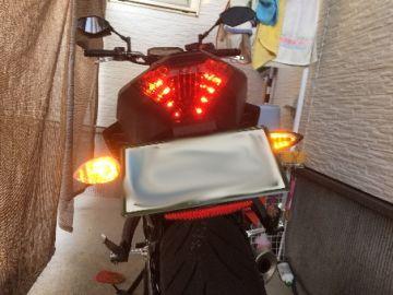 LEDスタイリッシュウィンカータイプ6 スモークレンズ×カーボン調ボディー