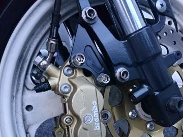 キャリパーサポート (brembo製40mm&スタンダードローター径)